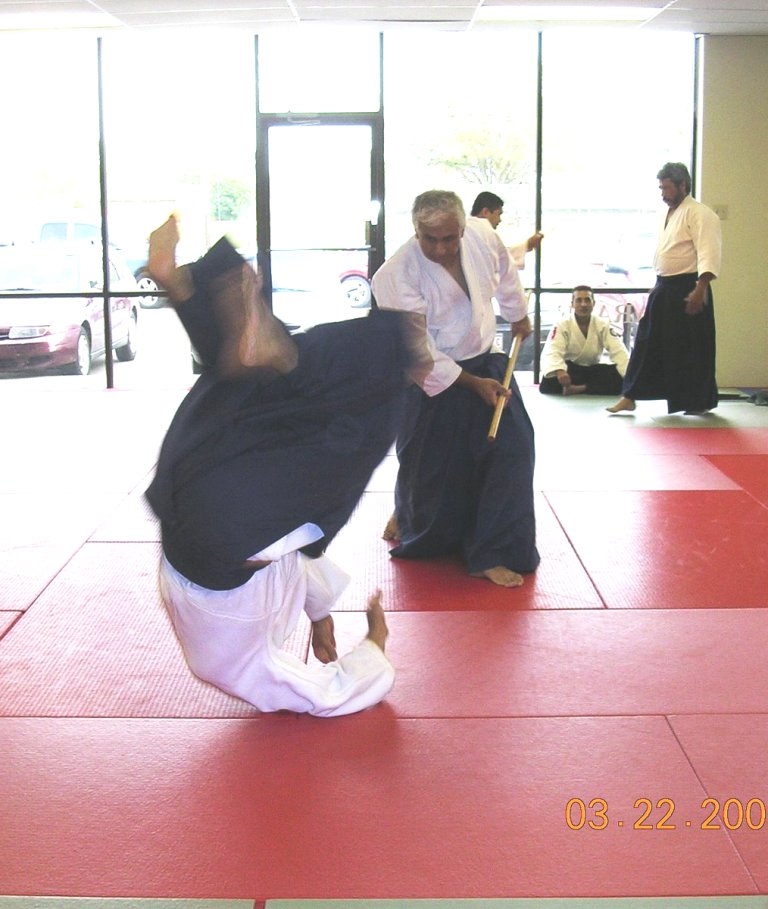 Dr. Aiki executing kokyunage from a jo attack